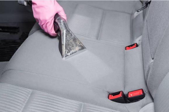 Auto istmete puhastamine - Tekstiilipesurirent24